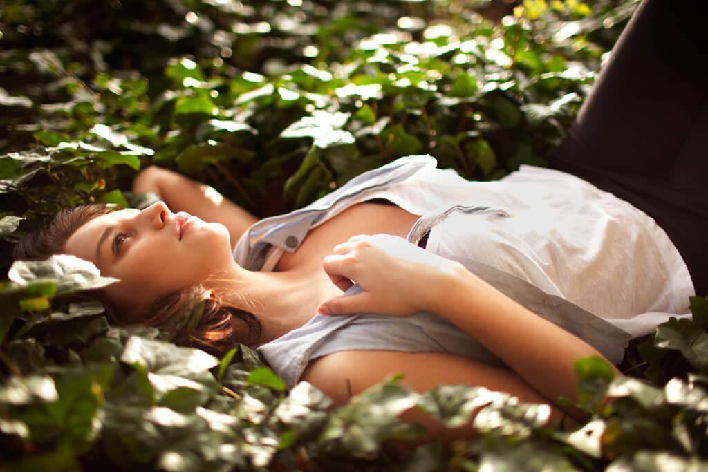 女性の抜け毛の原因と対処方法
